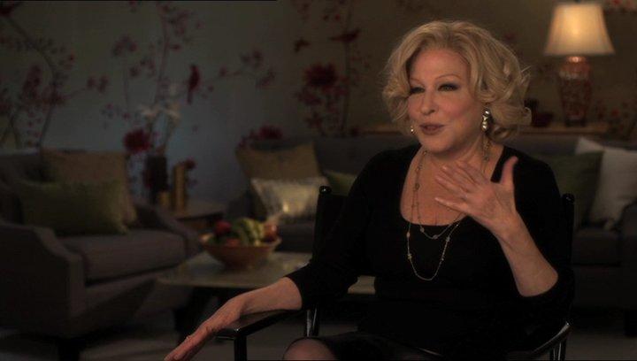 Bette Midler (Diane Decker) über das Drehbuch - OV-Interview Poster
