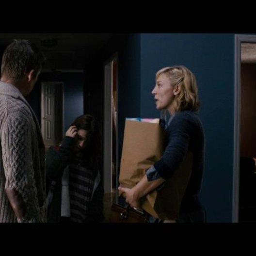 Tracy spricht mit Ellison über Trevor - Szene Poster