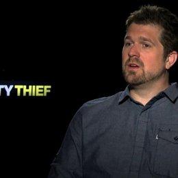 Seth Gordon über Melissa McCarthy und Jason Bateman - OV-Interview Poster