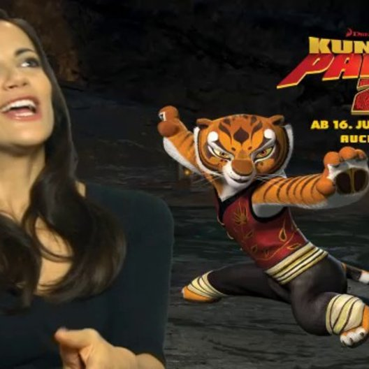 Bettina Zimmerman (Deutsche Stimme Tigress) über Po - Interview Poster
