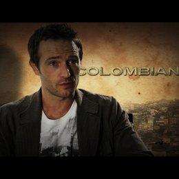 Michael Vartan über die Zusammenarbeit mit Zoe Zaldana - OV-Interview Poster