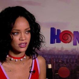 Rihanna darüber dass es ein Film über Freundschaft ist - OV-Interview Poster