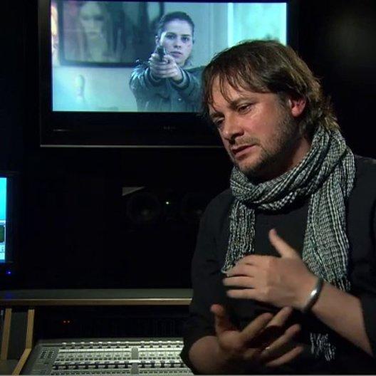 ELMAR FISCHER - Regisseur - über den Look des Films - Interview Poster