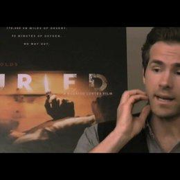 Ryan Reynolds über das Drehbuch - OV-Interview Poster