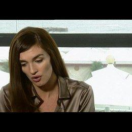 Paz Vega über ihre Rolle - OV-Interview Poster