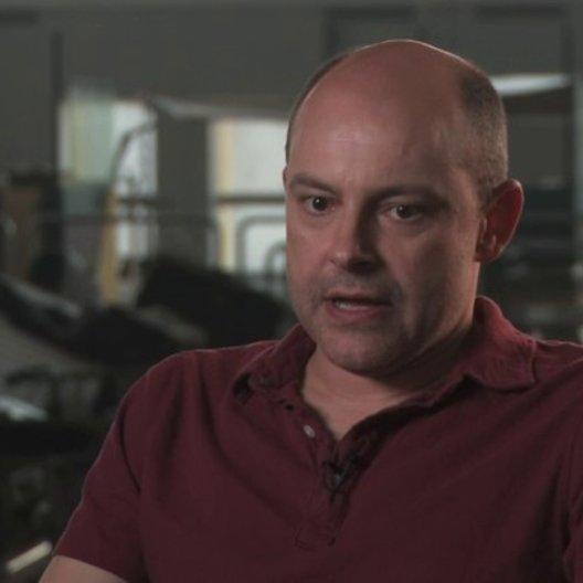 Rob Corddry darüber die Geschichte einmal aus der Perspektive der Zombies zu erzaehlen - OV-Interview Poster