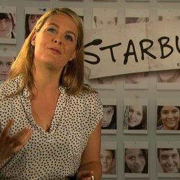 Julie LeBreton über das was die Zuschauer erwartet - OV-Interview Poster