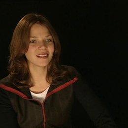 Jessica Schwarz (Frau Rose) über ihre Vorbildfunktion und den Film. - Interview Poster