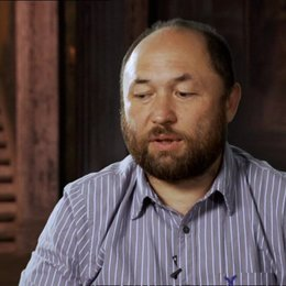 Timur Bekmambetov über die Story - OV-Interview Poster