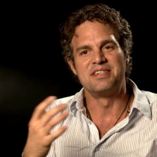 Marc Ruffalo - Bruce Banner - The Hulk über die Arbeit mit Robert Downey Jr - OV-Interview Poster