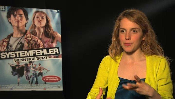 Paula Kalenberg über ihre Begeisterung für das Projekt - Interview Poster