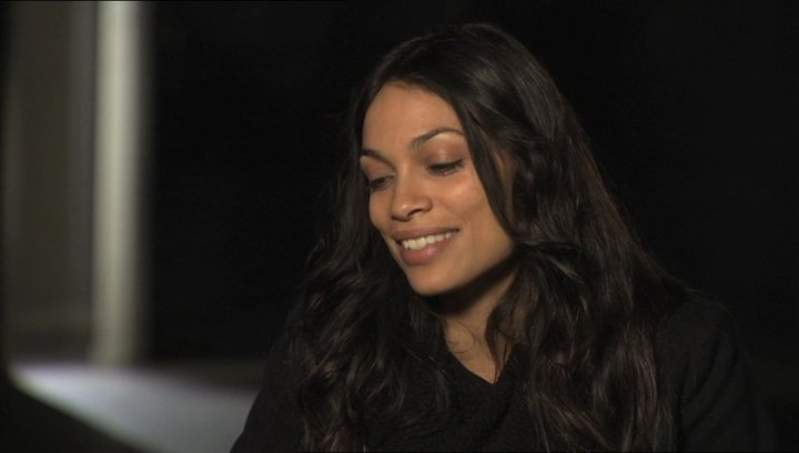 Rosario Dawson über ihre Erfahrung als Teil des Films - OV-Interview Poster