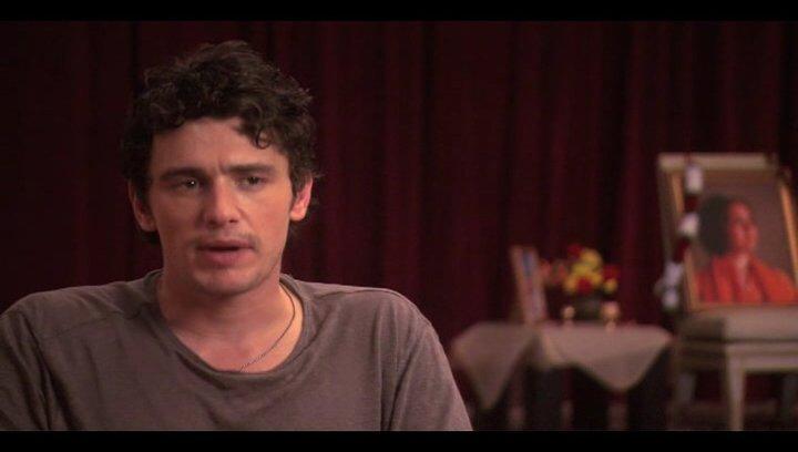 "James Franco (""David Piccolo"") über Regisseur Ryan Murphy - OV-Interview Poster"