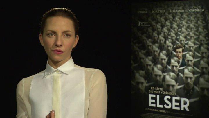 Katharina Schüttler (Elsa) darüber was Elser wohl so attraktiv gemacht hat, darüber was wir von Elser lernen können - Interview Poster