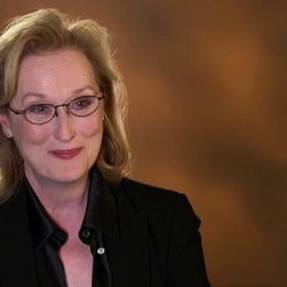Meryl Streep - Violet Weston -  über die Geschichte - OV-Interview Poster