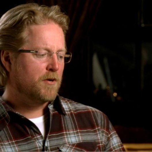 ANDREW STANTON - Regisseur und Drehbuchautor über die Adaption - OV-Interview Poster