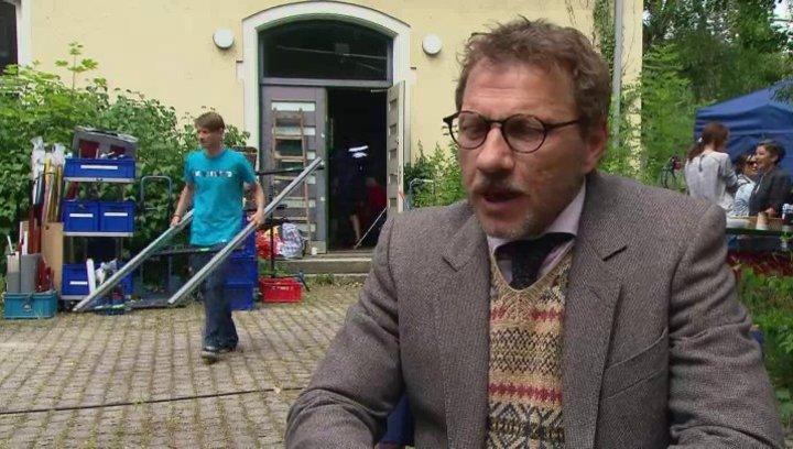 Richy Müller - Hoefi - über die Dreharbeiten - Interview Poster