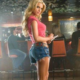 7 sexy Filmszenen, die manchen einschlägigen Film alt aussehen lassen!