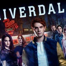 Düsteres Teenie-Drama Riverdale startet auf Netflix: Gibt es eine 2. Staffel?