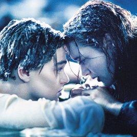 """""""Titanic"""": James Cameron äußert sich nach 20 Jahren über vieldiskutiertes Ende"""