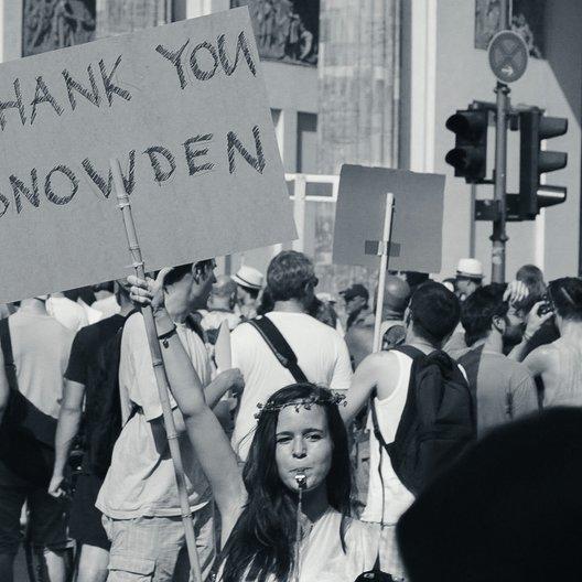 Democracy - Im Rausch der Daten - Trailer Poster
