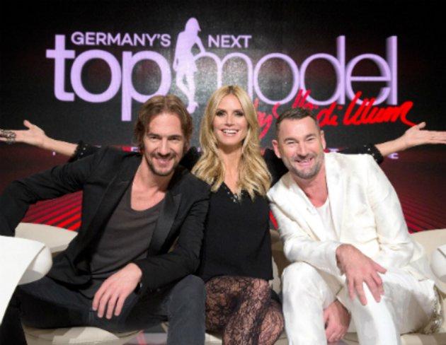 Germany's next Topmodel - Video - Staffel 11 Episode 12: Tränen über Tränen  - ProSieben