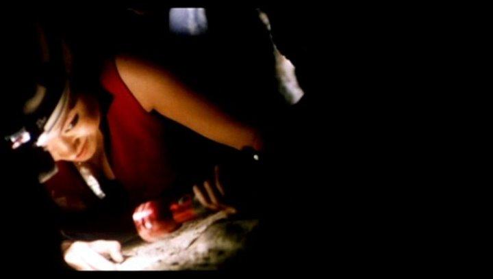 The Descent - Abgrund des Grauens - Trailer Poster