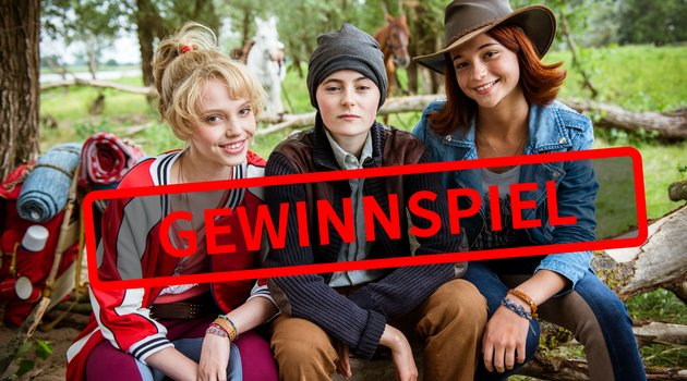 """Gewinnspiel: Tolle Preise zum Kinostart von """"Bibi & Tina 4 - Tohuwabohu total!"""" Poster"""