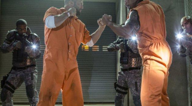 """Neuer Trailer zu """"Fast & Furious 8"""" sorgt für Ärger um Vin Diesel!  Poster"""