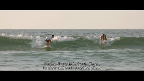 Gaza Surf Club - Trailer Deutsch Poster