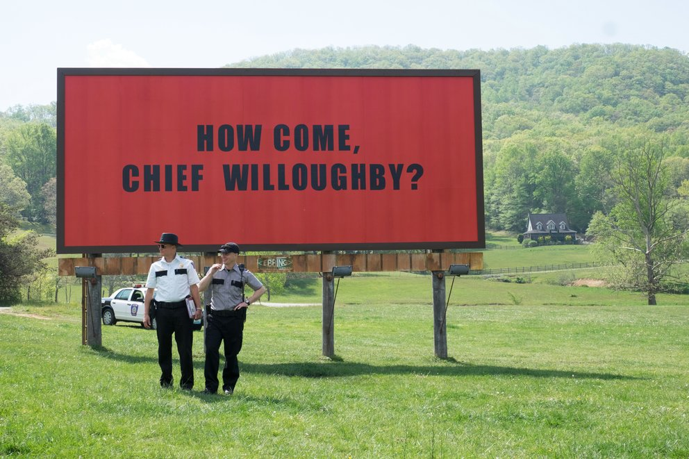 "Szenenbild aus dem vierfach Golden Globe-prämierten Drama ""Three Billboards outside Ebbing, Missouri"" © Twentieth Century Fox"