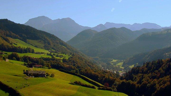 Bavaria - Traumreise durch Bayern - Trailer Poster