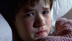"""Video: """"The Sixth Sense"""" auf hessisch: Bringe Kinder niemals um ihren Nachtisch!"""