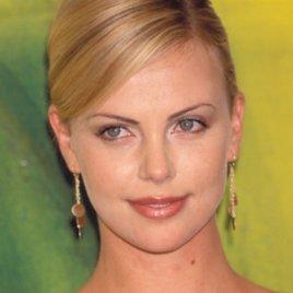 Freizügig: Diese 11 Stars haben für den Playboy die Hüllen fallen lassen
