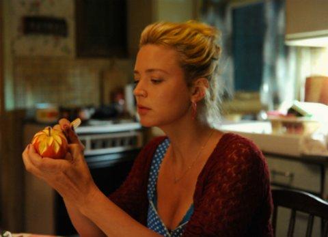 """Virginie Efira in der Komödie """"Familie zu vermieten"""" © studiocanal"""