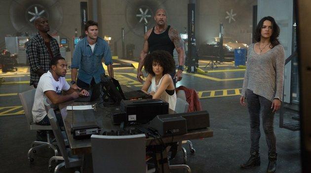Fast and Furious 8 - Trailer 3 Deutsch Poster