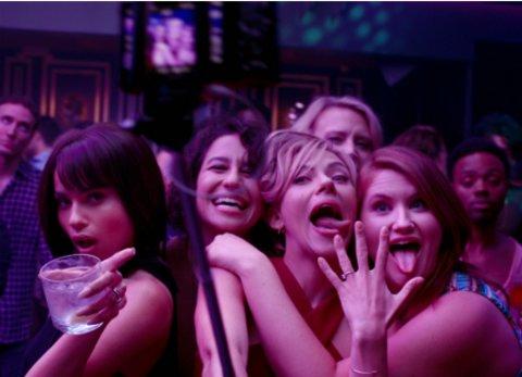 """Die Mädels aus """"Girls' Night Out"""" feiern den Junggesellinnenabschied ihrer Freundin Jess (Scarlett Johansson) © Sony"""