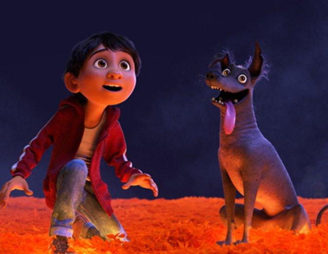 Miguel und sein tierischer Freund Dante © Disney