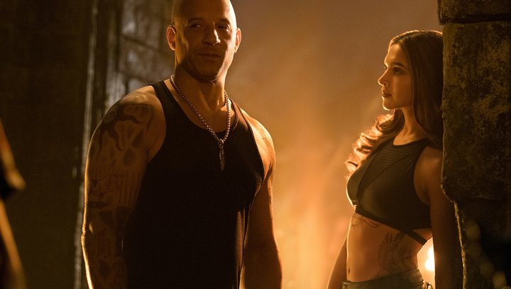 xXx: The Return of Xander Cage - Trailer Poster