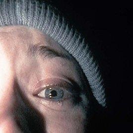 War die Besucherin eines verfluchten Hauses von einer Hexe besessen?