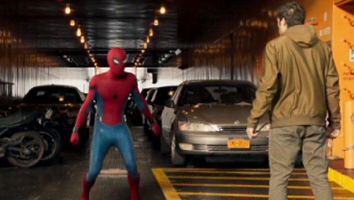 """Spider-Man: Homecoming - """"Spider-Man: Homecoming"""": Diese Anspielungen verstecken sich im Marvel-Hit (#10) Poster"""