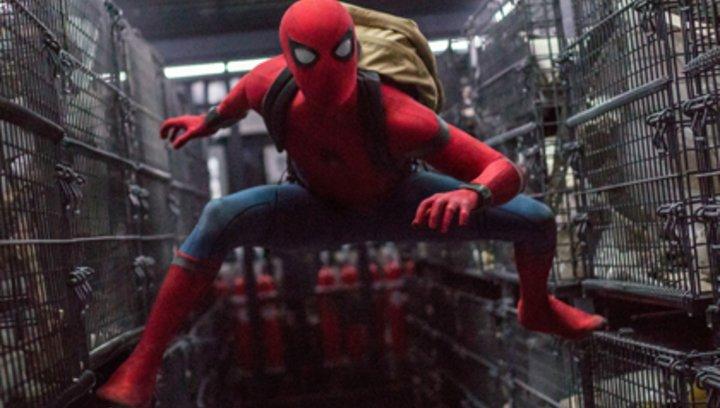"""Spider-Man: Homecoming - """"Spider-Man: Homecoming"""": Diese Anspielungen verstecken sich im Marvel-Hit (#2) Poster"""