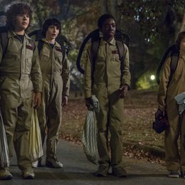 Stranger Things - Stranger Things: Staffel 2 - Alle Bilder (#11) Poster