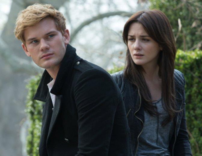 """""""Twilight: Der Fantasy-Liebesfilm """"Fallen schwimmt mit"""