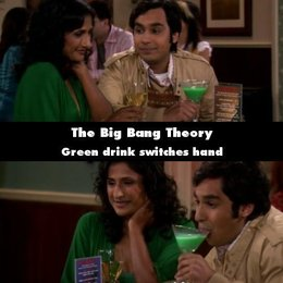 """The Big Bang Theory - """"The Big Bang Theory"""": 10 Fehler, die uns noch nie aufgefallen sind (#3) Poster"""