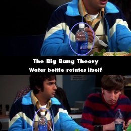 """The Big Bang Theory - """"The Big Bang Theory"""": 10 Fehler, die uns noch nie aufgefallen sind (#1) Poster"""