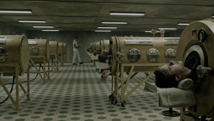 Shining - Realer Horror: Diese 9 Filmkulissen könnt ihr wirklich besuchen (#5) Poster
