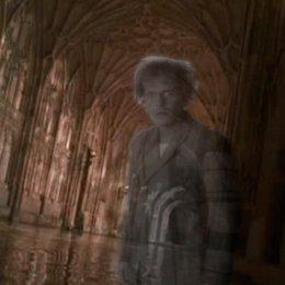 "John Hurt - ""Harry Potter"": Diese 16 Stars aus den Filmen sind bereits verstorben (#7) Poster"