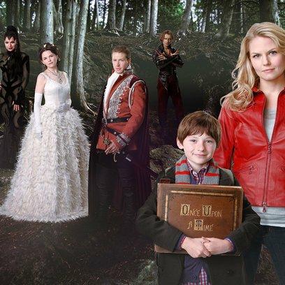 """Lucifer - 11 fantastische Serien für Fans von """"Outlander"""", """"The 100"""" und """"Shadowhunters"""" (#7) Poster"""