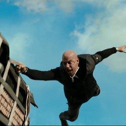 Dwayne Johnson - Die 17 besten Action-Filme 2017 im Überblick (#3) Poster